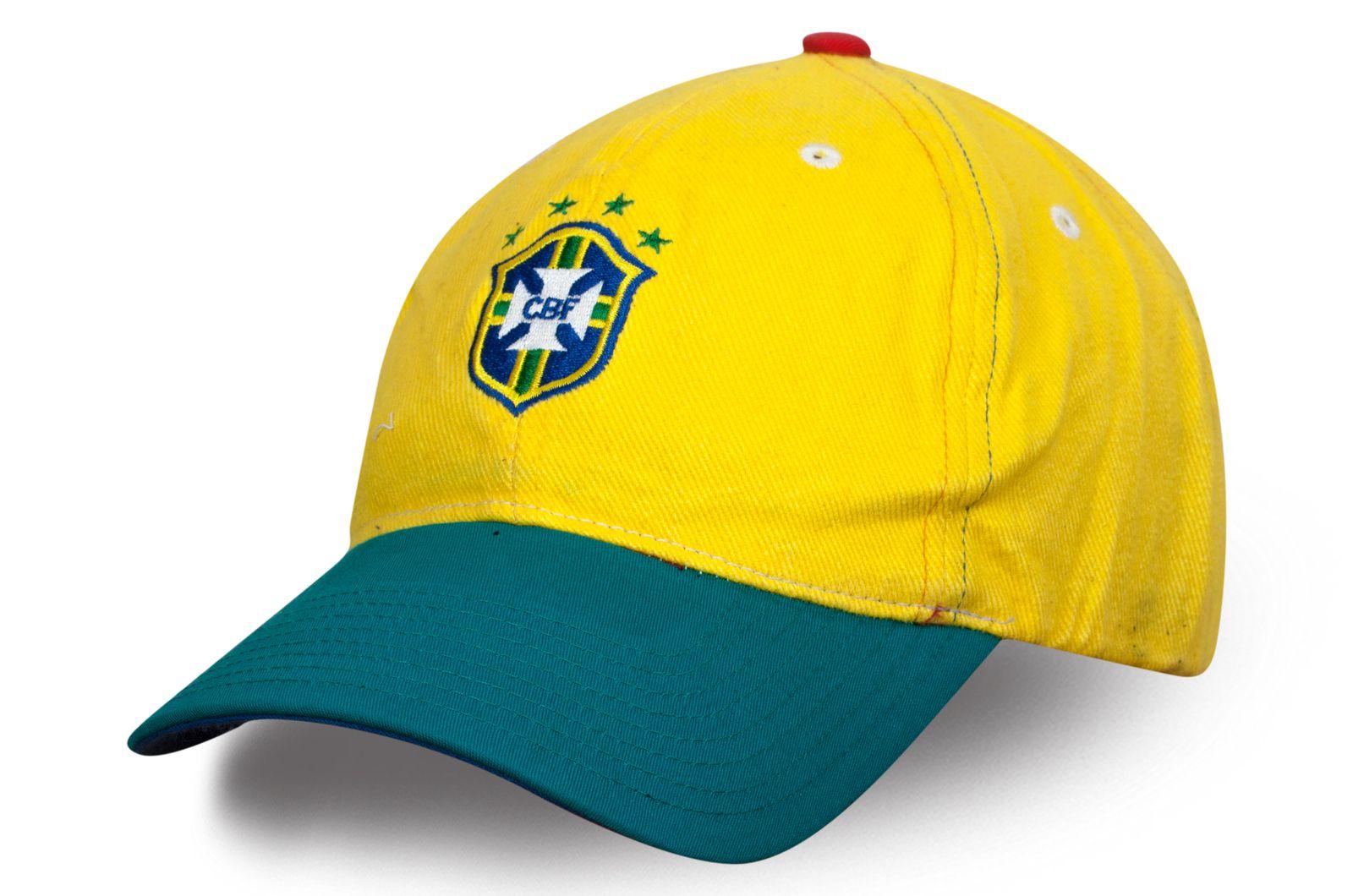 Футбольная кепка CBF