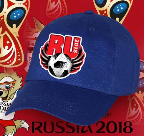 Футбольная кепка синего цвета