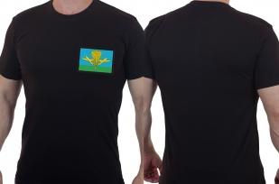 Военная мужская футболка с эмблемой ВДВ России.