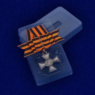 Георгиевский крест (с бантом) - в футляре