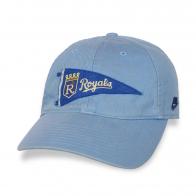 Голубая бейсболка Royals.