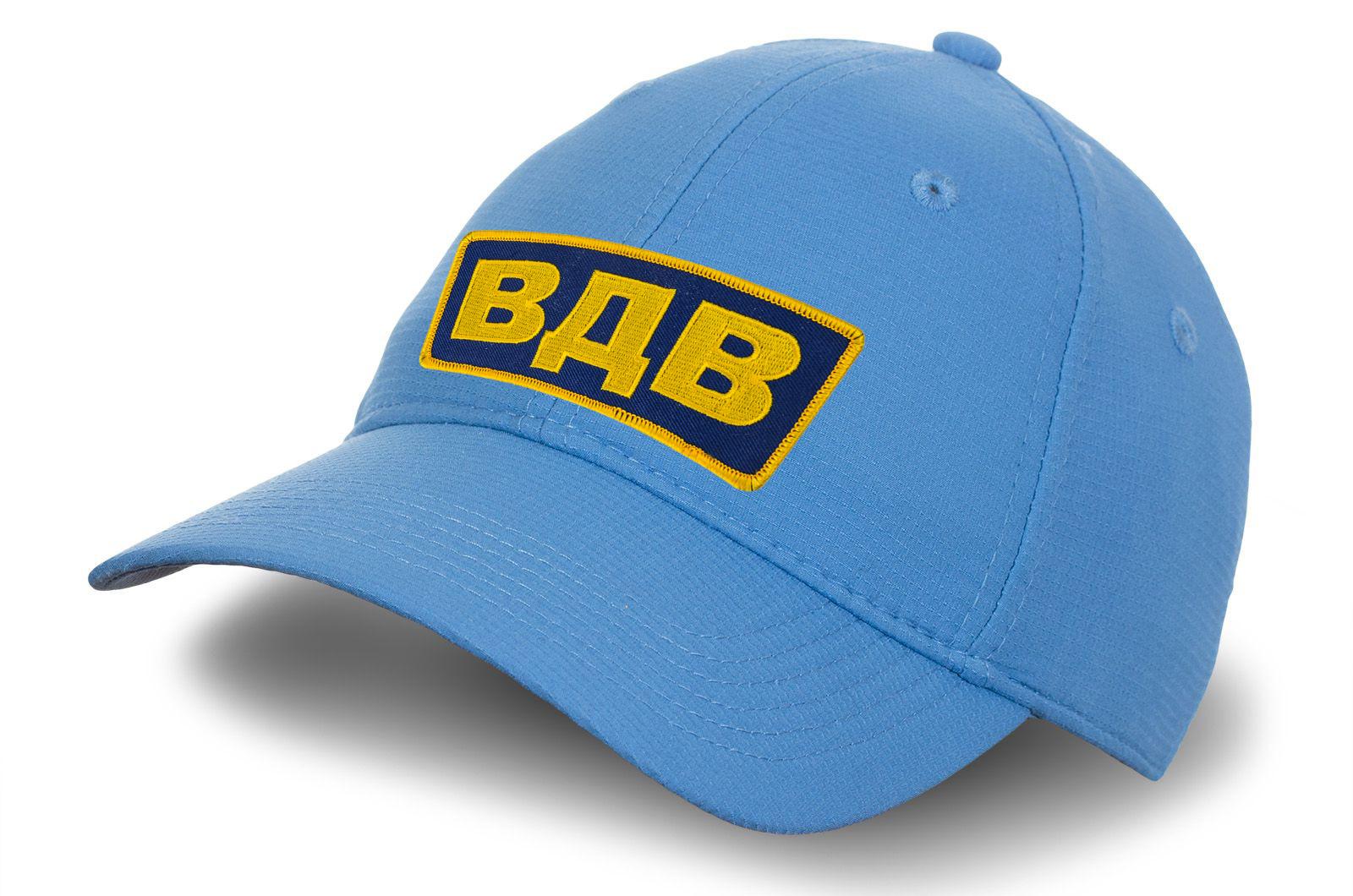 Голубая кепка с вышивкой ВДВ.
