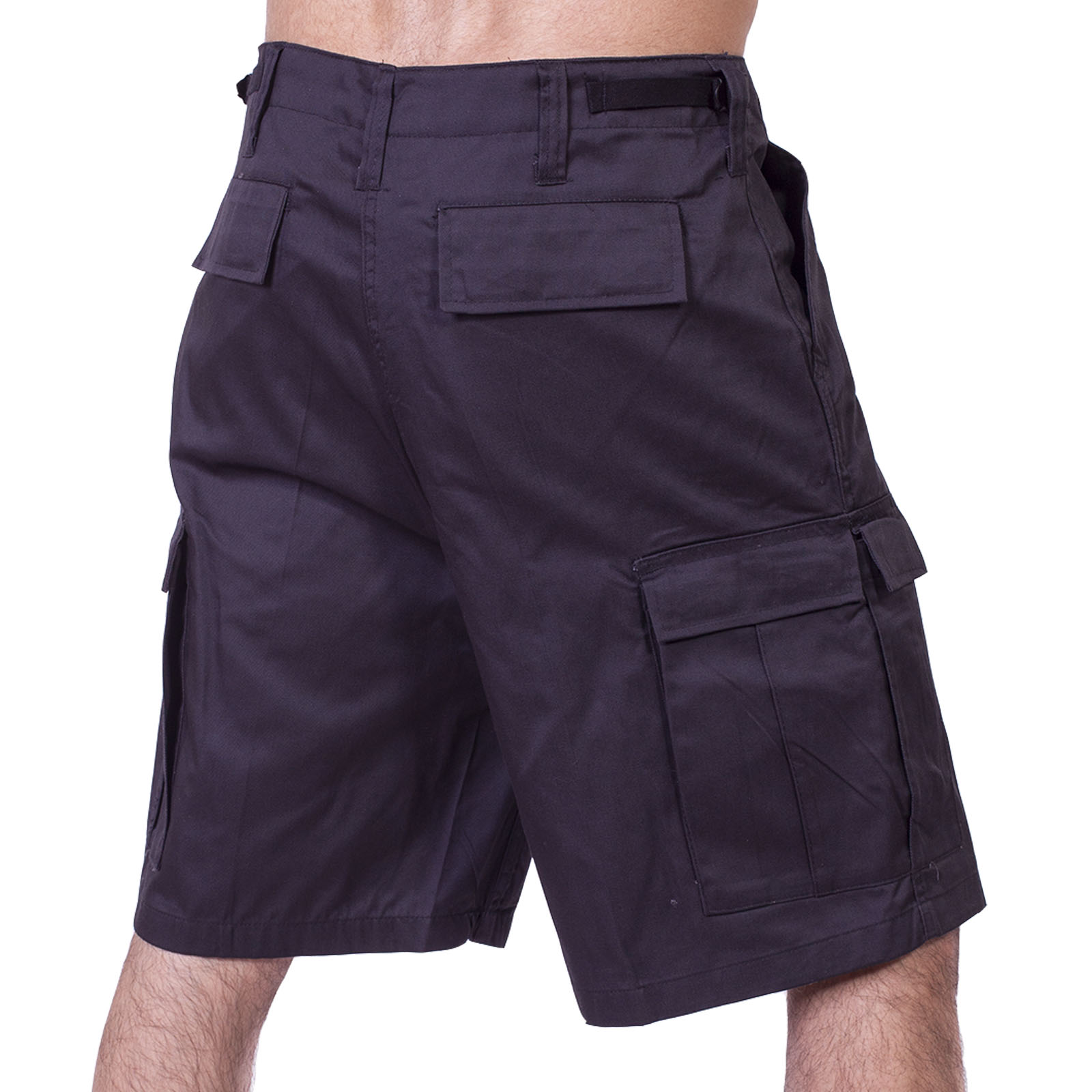 Заказать с доставкой однотонные мужские шорты карго для города