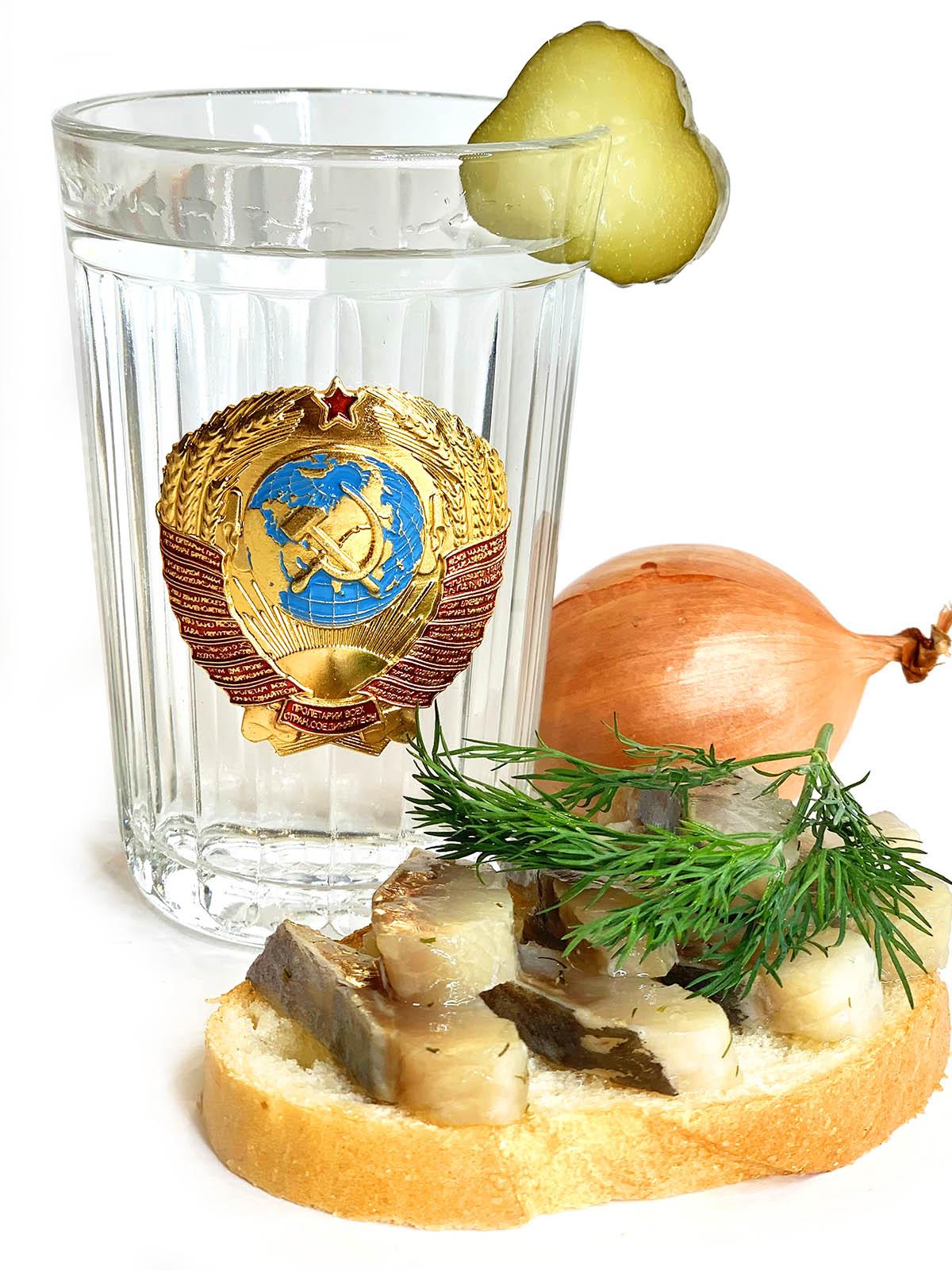 Купить стакан с советской символикой