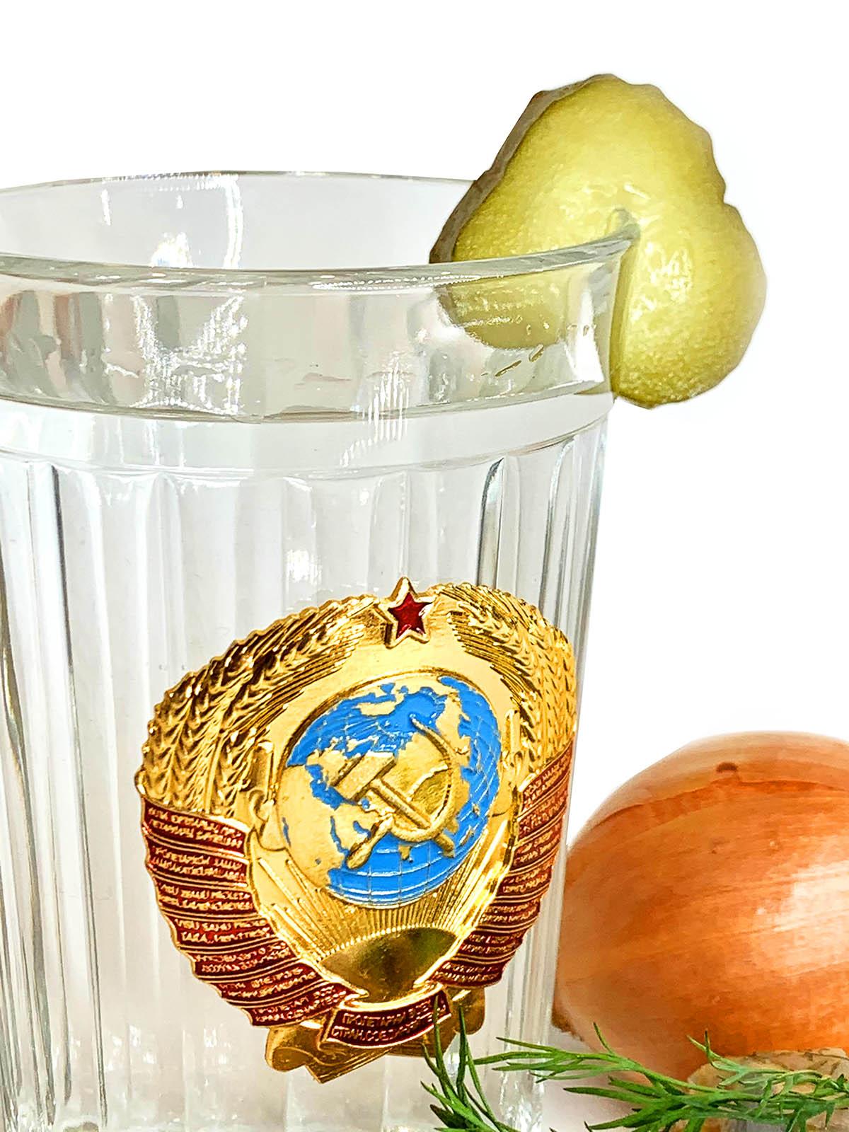 Граненый стакан с гербом СССР