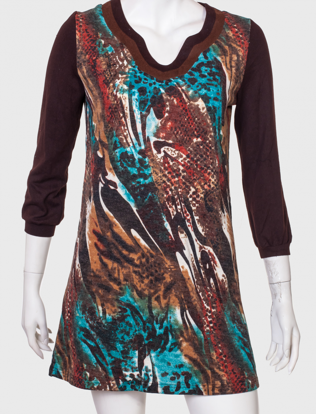 Харизматичное брендовое платье-туника от бренда Mechant