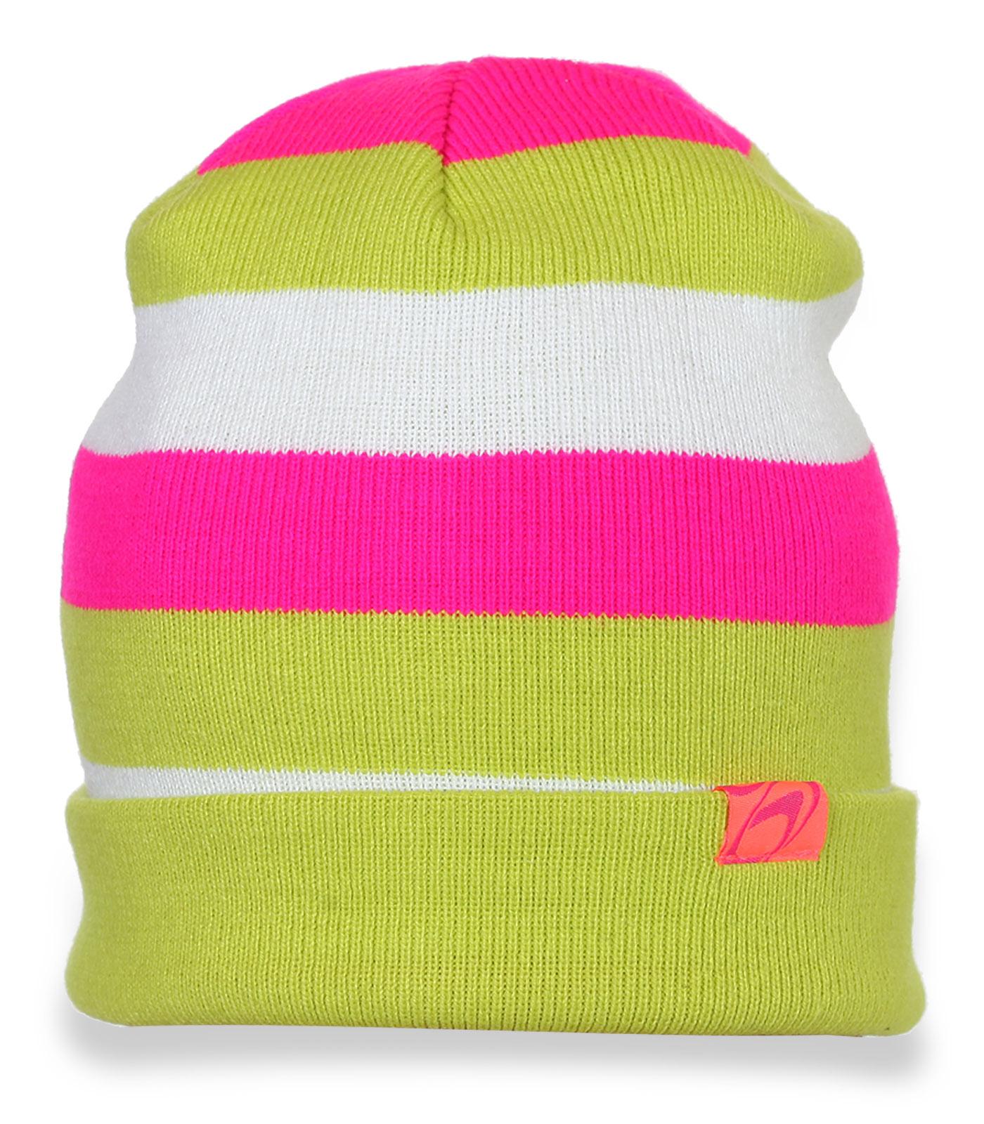 Яркая разноцветная шапочка с подворотом