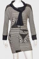 Интересное черно-белое платье по фигуре