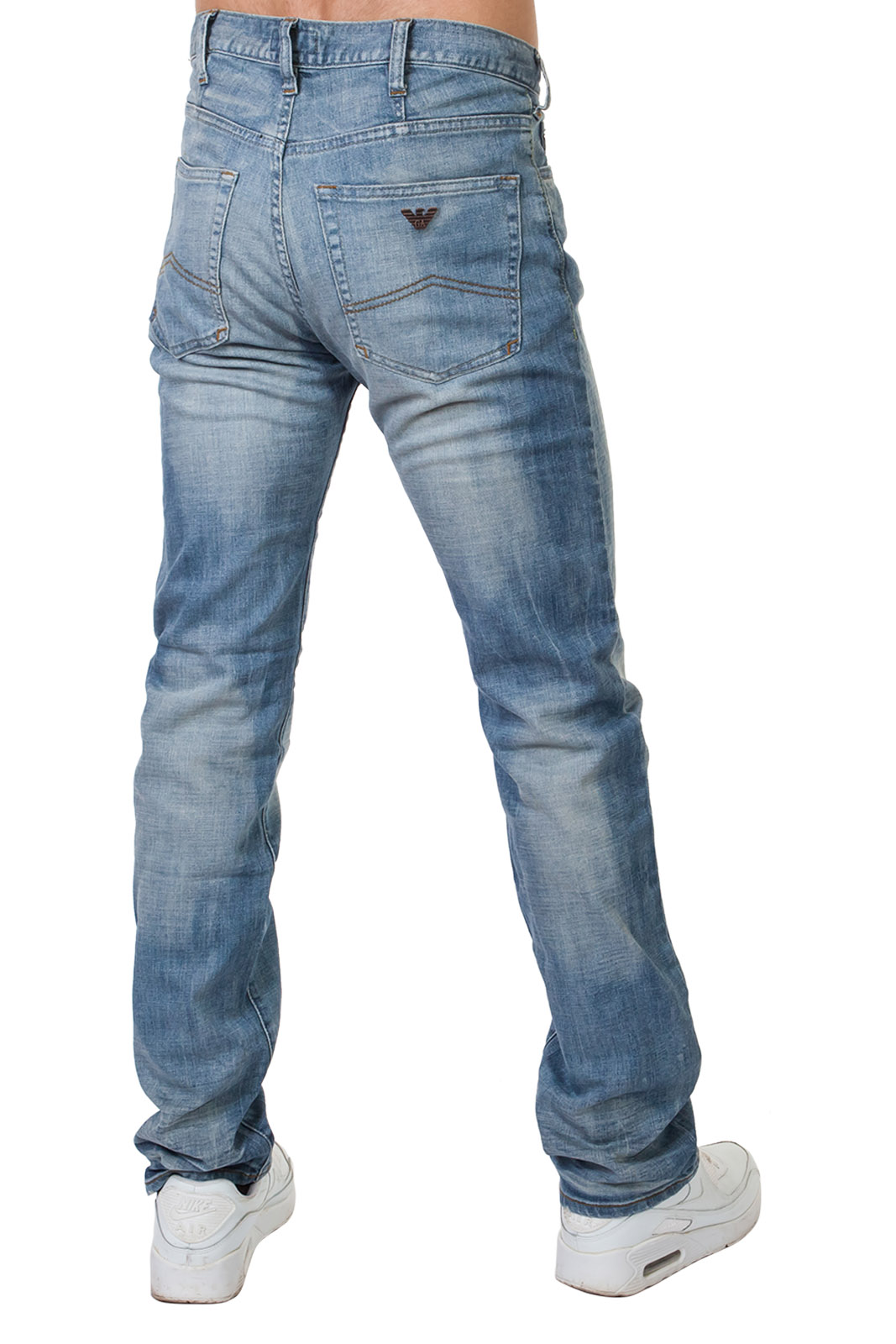 Купить светлые джинсы для мужчин – оригинальные модели в наличии