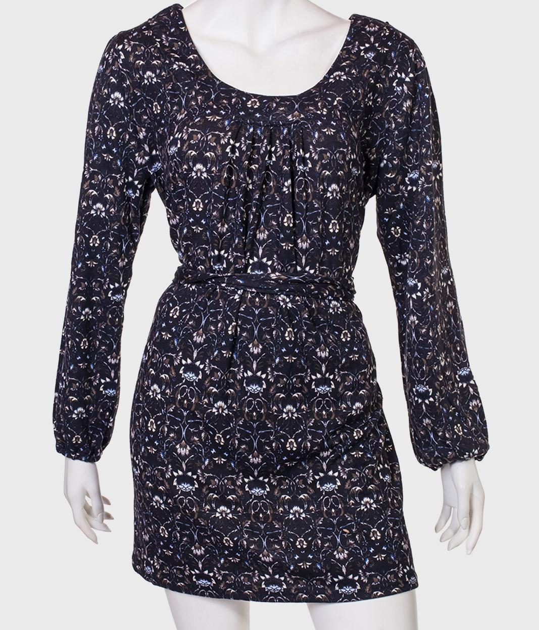 Купить изящное платье с пояском от бренда QET London