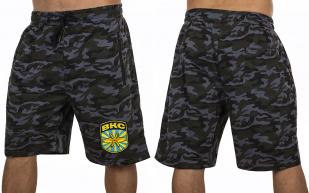 Камуфлированные мужские шорты с нашивкой ВКС - купить онлайн