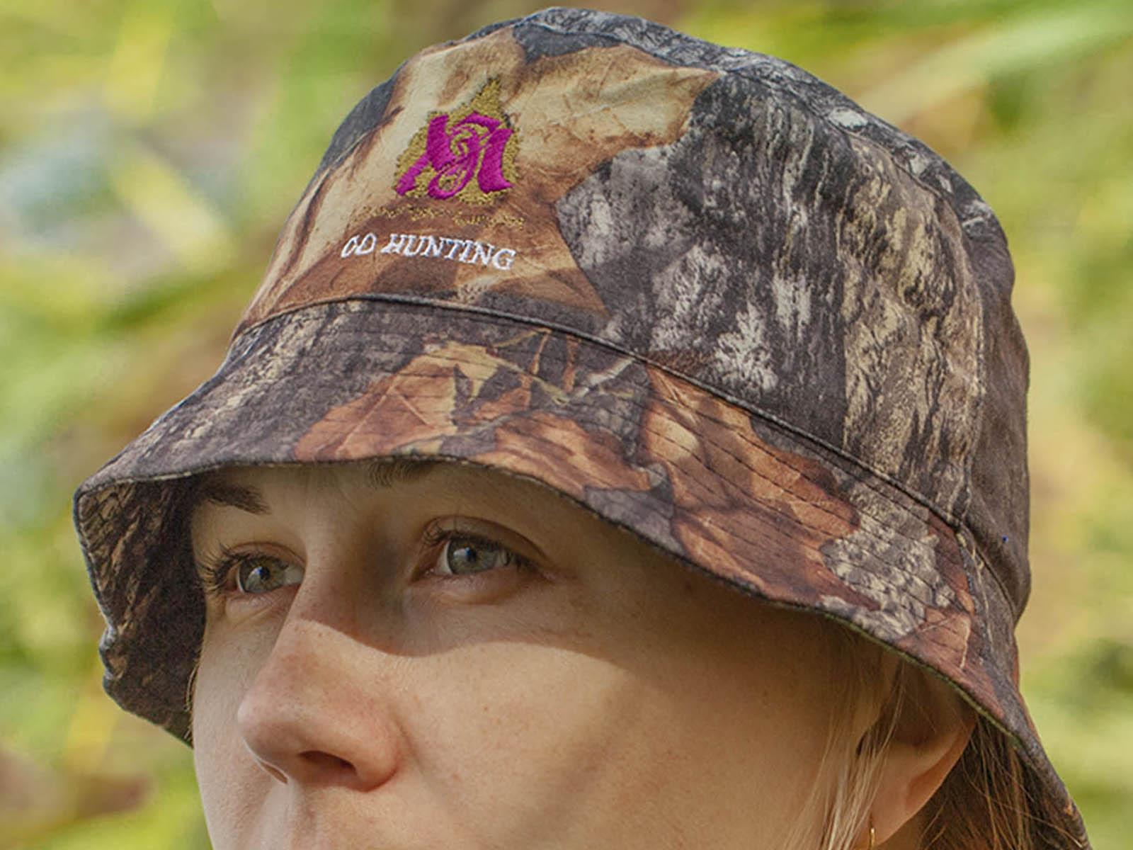 Красивая панама защитного цвета на голову рыбака и охотника
