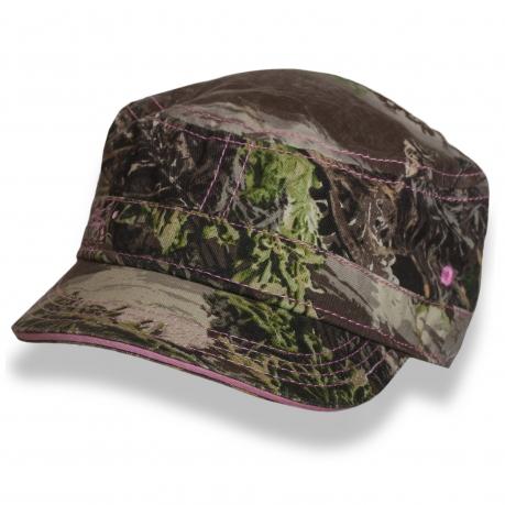 Камуфляжная кепка-немка с розовыми строчками