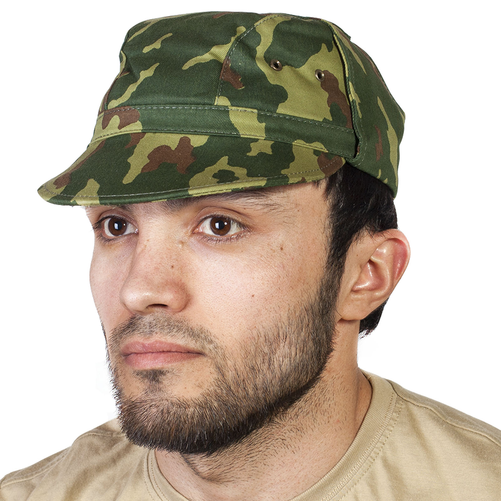 Камуфляжная мужская кепка по скидке