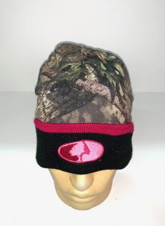 Камуфляжная шапка от Mossy Oak с черным отворотом