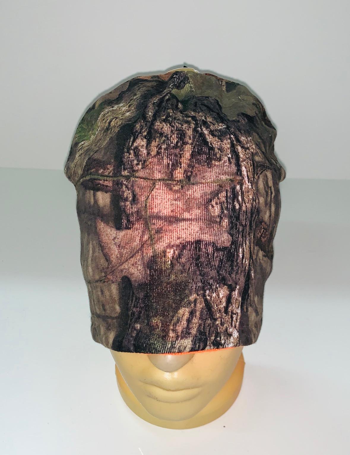 Камуфляжная стильная шапка