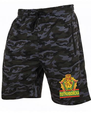 Камуфляжные мужские шорты с нашивкой Погранвойска
