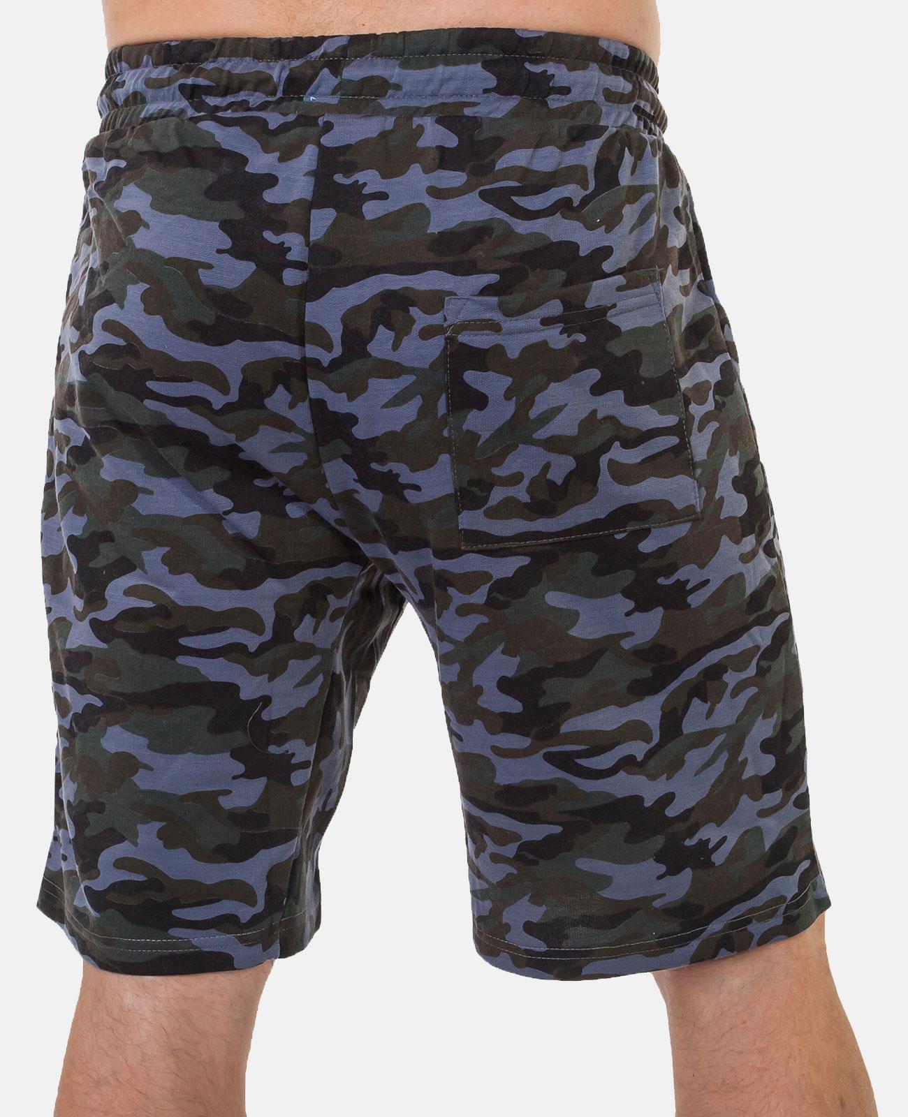 Камуфляжные мужские шорты с нашивкой ПОЛИЦИЯ - купить в подарок