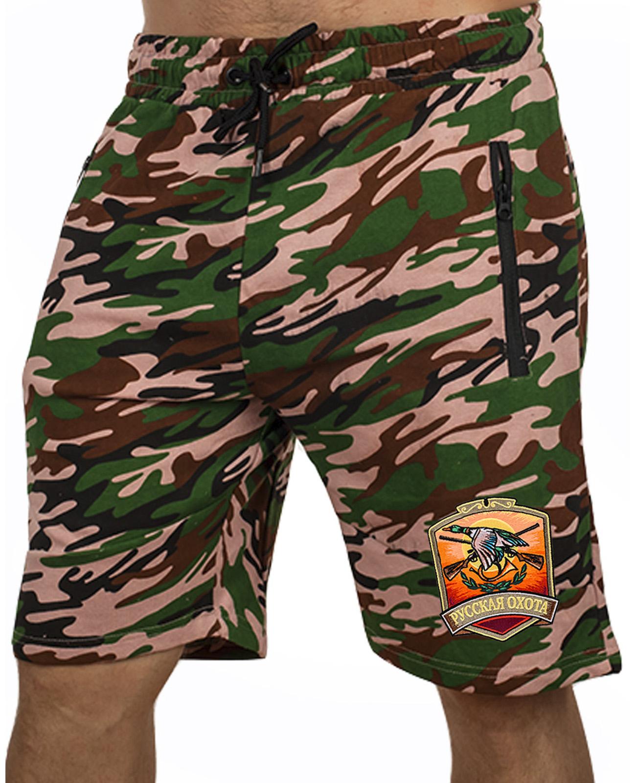 Купить камуфляжные шорты охотнику удлиненного кроя по специальной цене