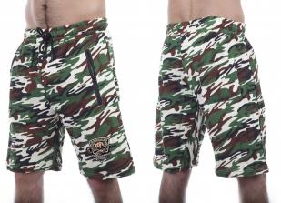 Камуфляжные шорты с вышитым шевроном для рыбаков купить оптом