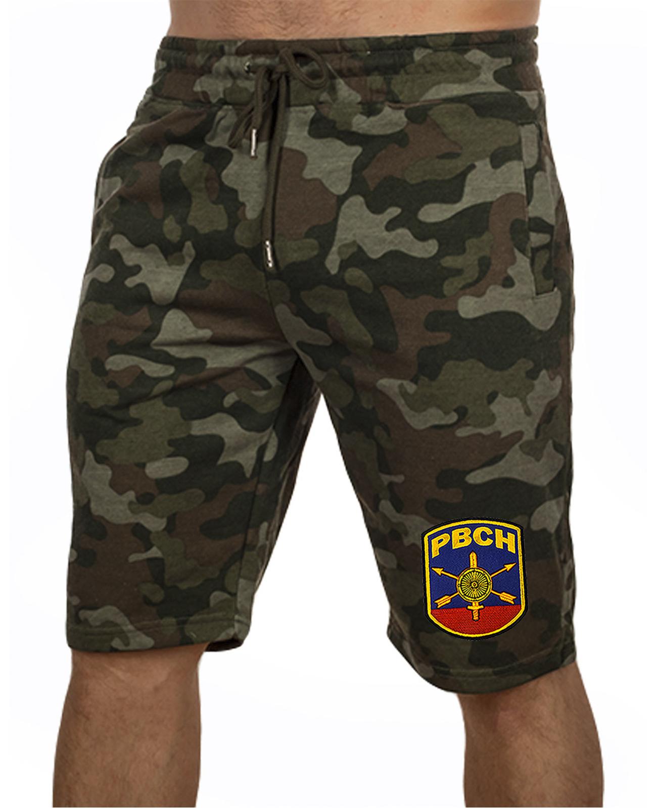 Купить камуфляжные шорты свободного кроя с нашивкой РВСН по лучшей цене