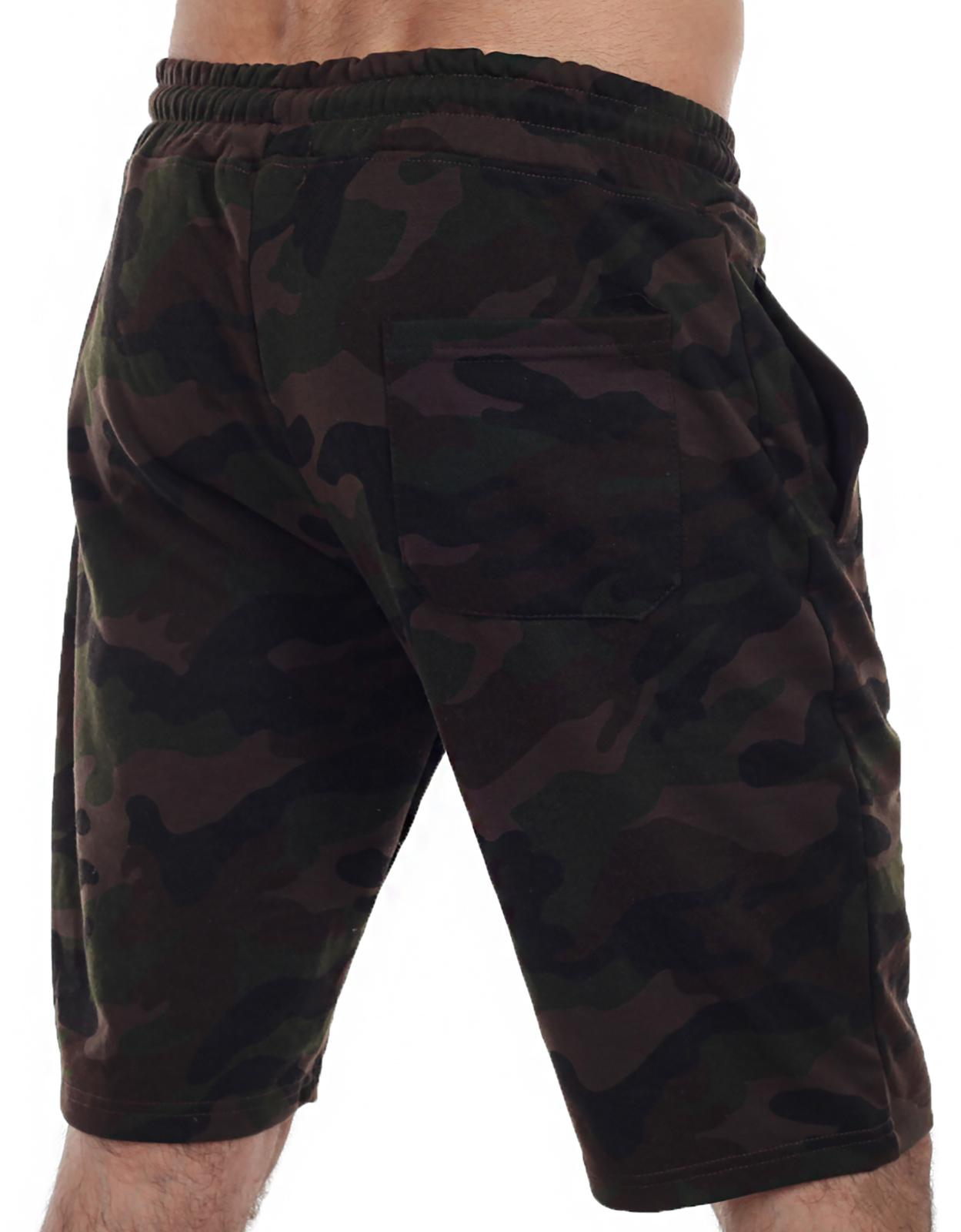 Камуфляжные шорты удлиненного кроя с нашивкой РВСН - заказать онлайн