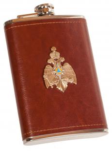 Карманная фляжка в кожаном чехле с металлической накладкой МЧС - купить в розницу
