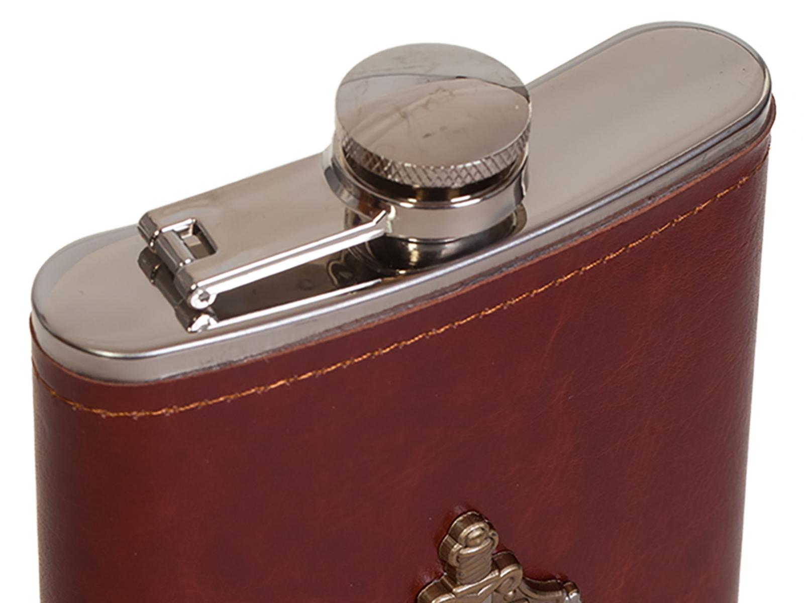 Карманная фляжка в кожаном чехле с накладкой МВД России - купить в подарок