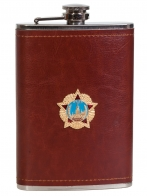 Карманная фляжка в кожаном чехле с Орденом Победы