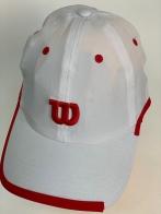 """Кепка белого цвета с красным декором и вышитой буквой """"W"""" на тулье"""