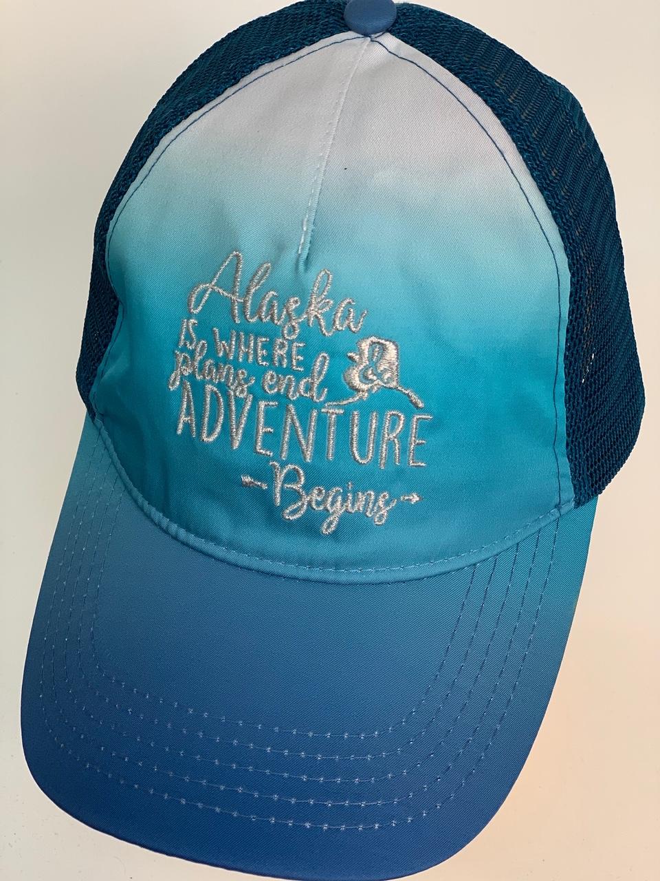 Кепка голубая с градиентом Alaska adventure begins