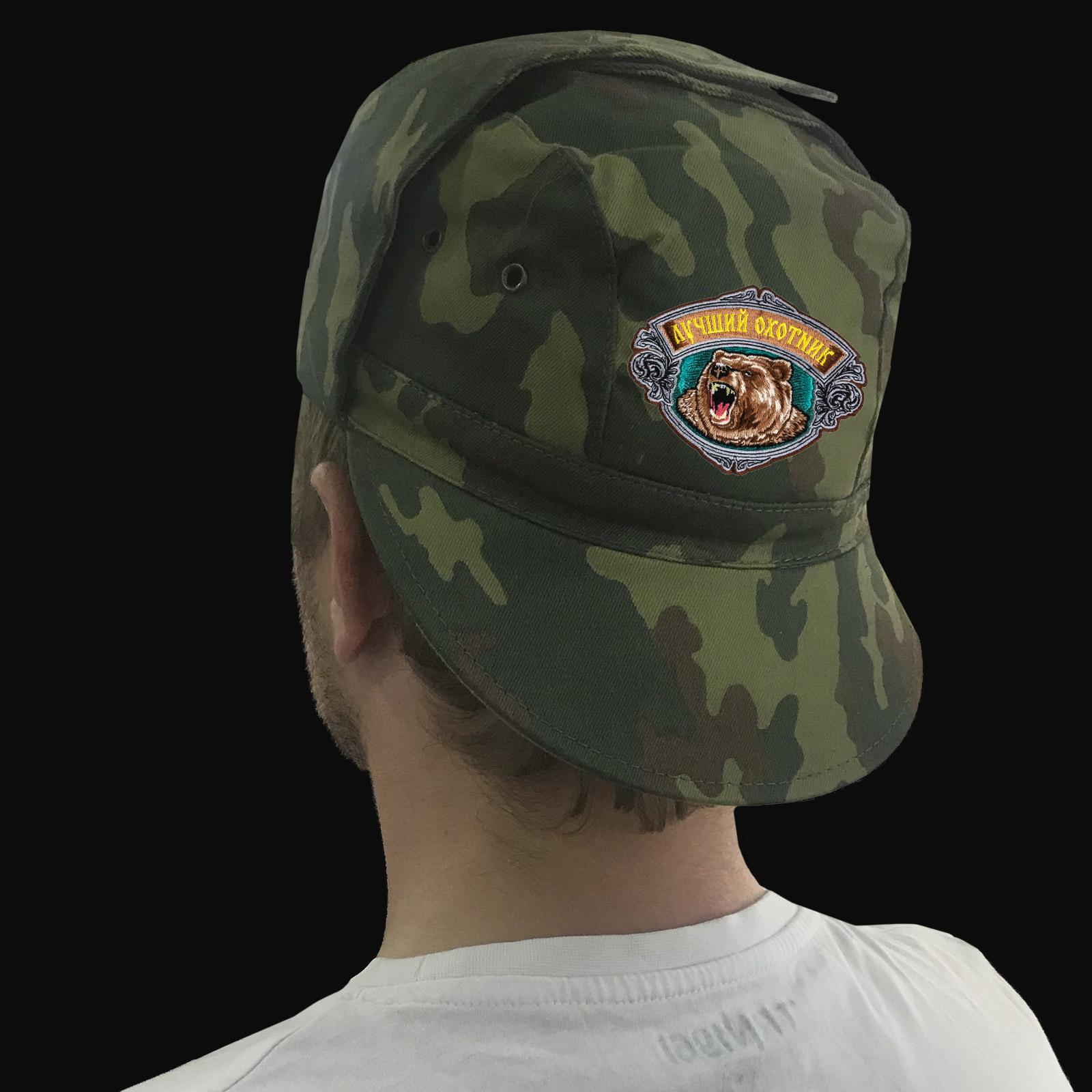Охотничьи кепки и бейсболки в камуфляжном дизайне