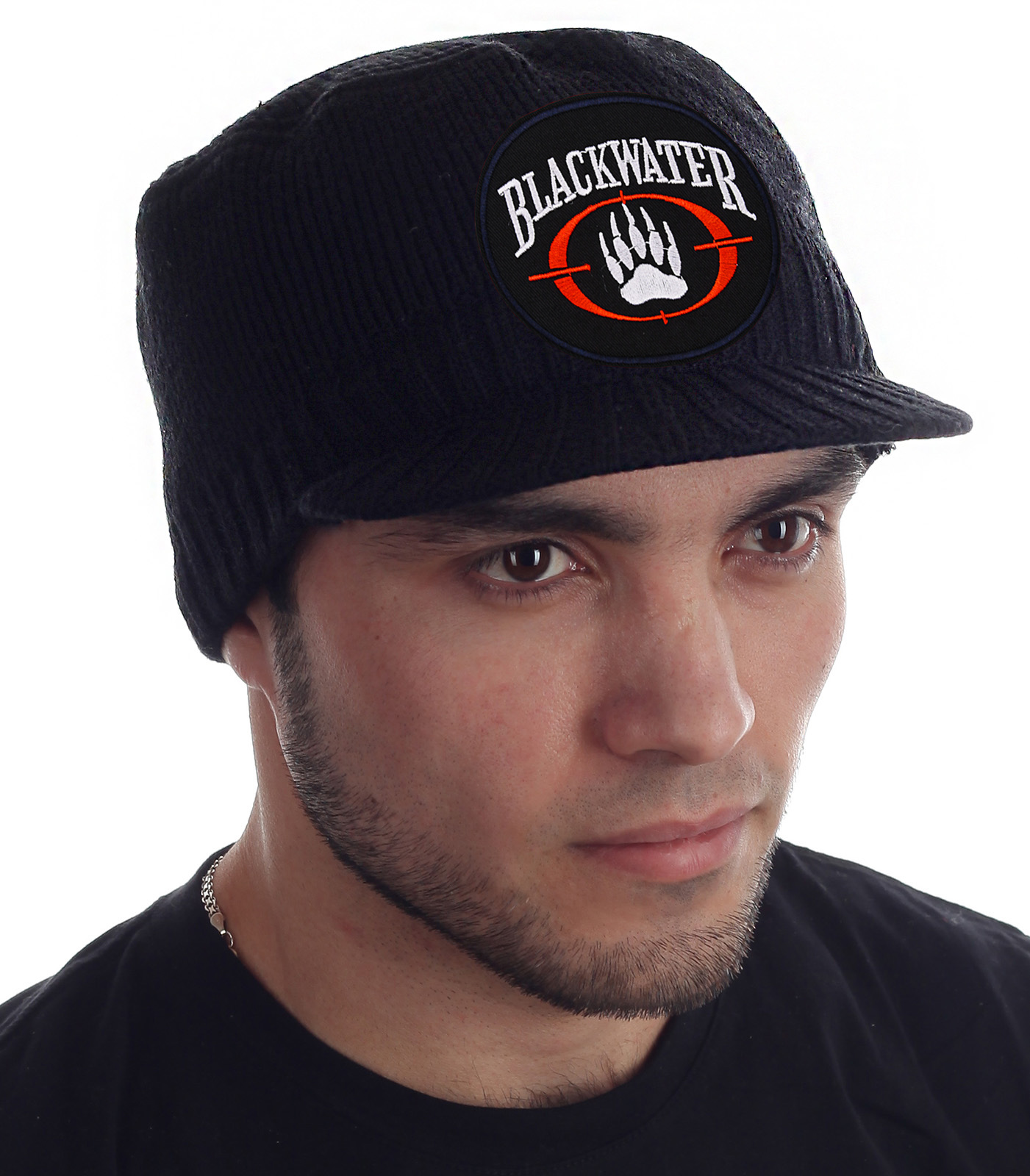 Теплая мужская шапка с символикой Blackwater