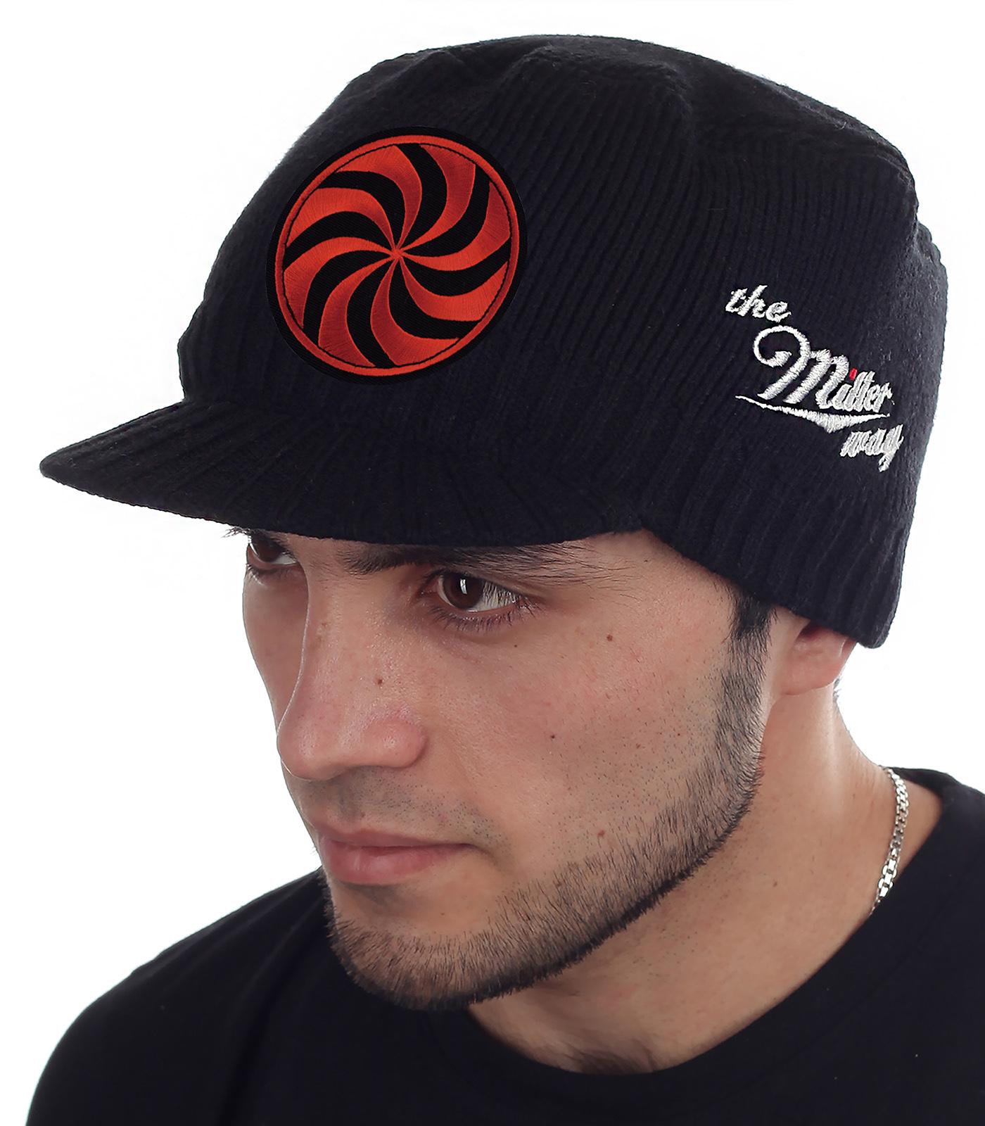 Тёплая мужская кепка Miller с символом Даждьбога – Отца всего русского народа. Удобная посадка, закрытые уши, лоб и затылок. Модель осень-зима из категории «НИГДЕ НЕ КУПИШЬ»