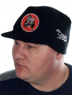 Эффектная мужская шапка-кепка Miller Way с нашивкой СТРАЙКБОЛ (AirSoft). Однотонный гладкий дизайн сочетается с максимальным количеством вещей твоего гардероба