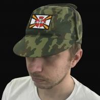Армейская кепка с эмблемой Разведывательных соединений и воинских частей.