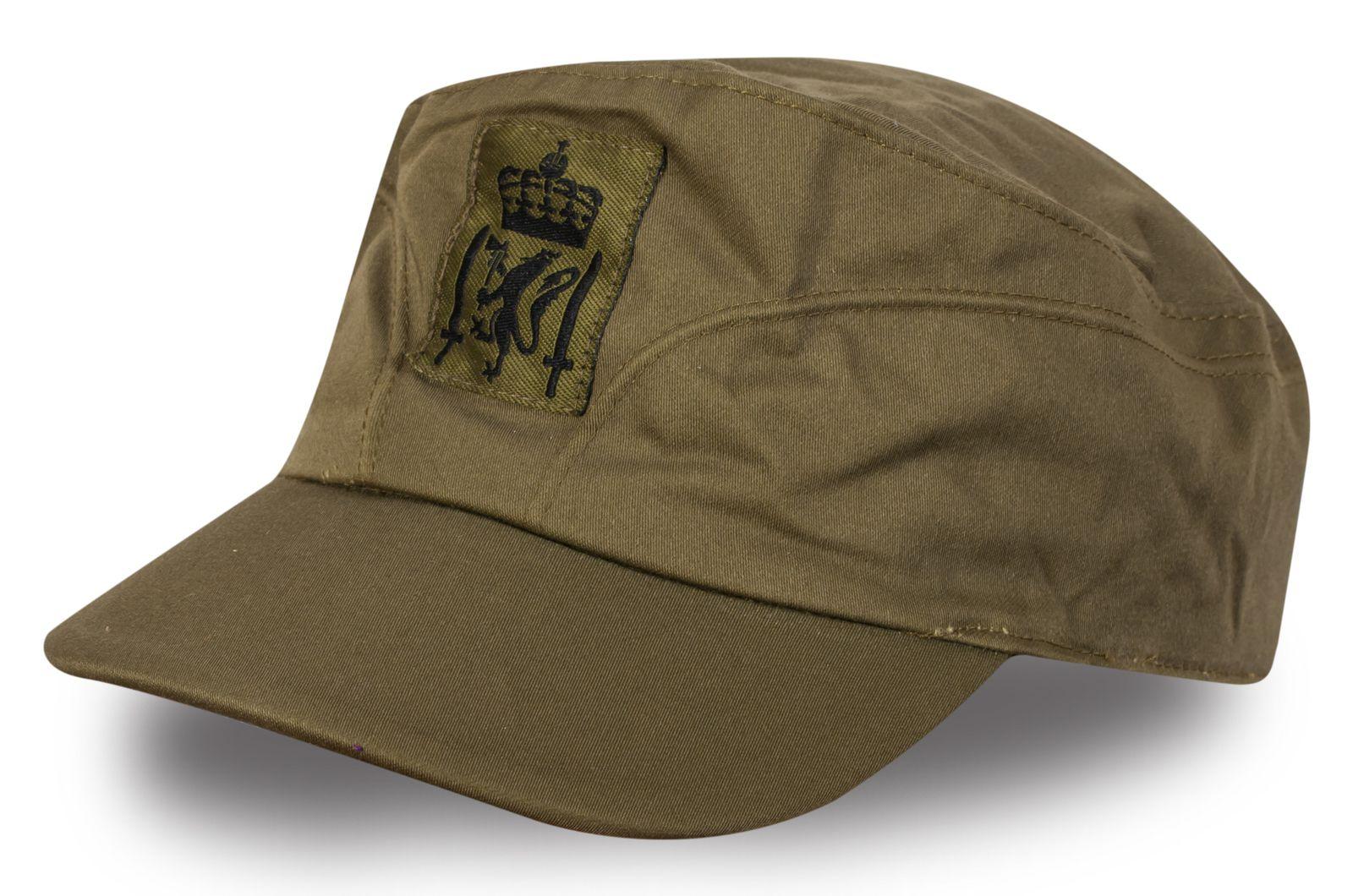 Кепка с нашивкой Британской армии