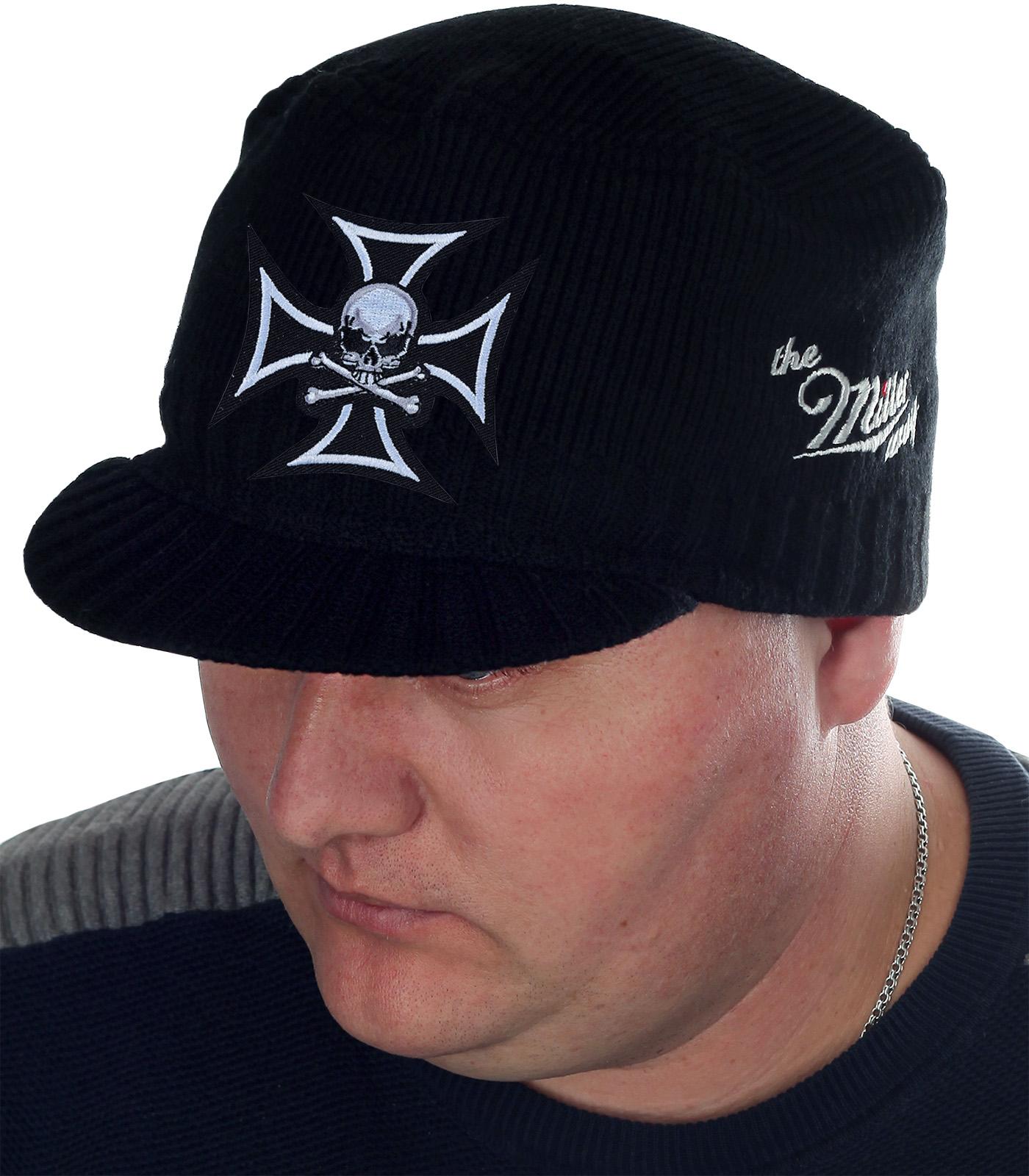 Удобная шапка-кепка с оригинальной нашивкой – череп с костями на фоне тамплиерского креста. Парни, для вас – мужской дизайн, фирменное качество Miller Way и низкая цена