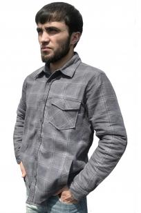 Классическая клетчатая рубашка с вышитым шевроном ЛНР - купить с доставкой