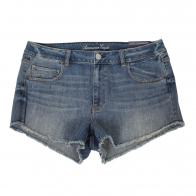 Купить классические джинсовые шорты с карманами