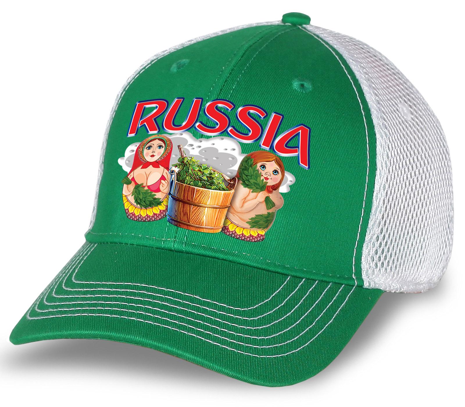 """Классная бейсболка """"Russia"""" с матрешками. Эффектная бело-зеленая модель с сеткой. Отменный головной убор для настоящих патриотов и активных болельщиков!"""