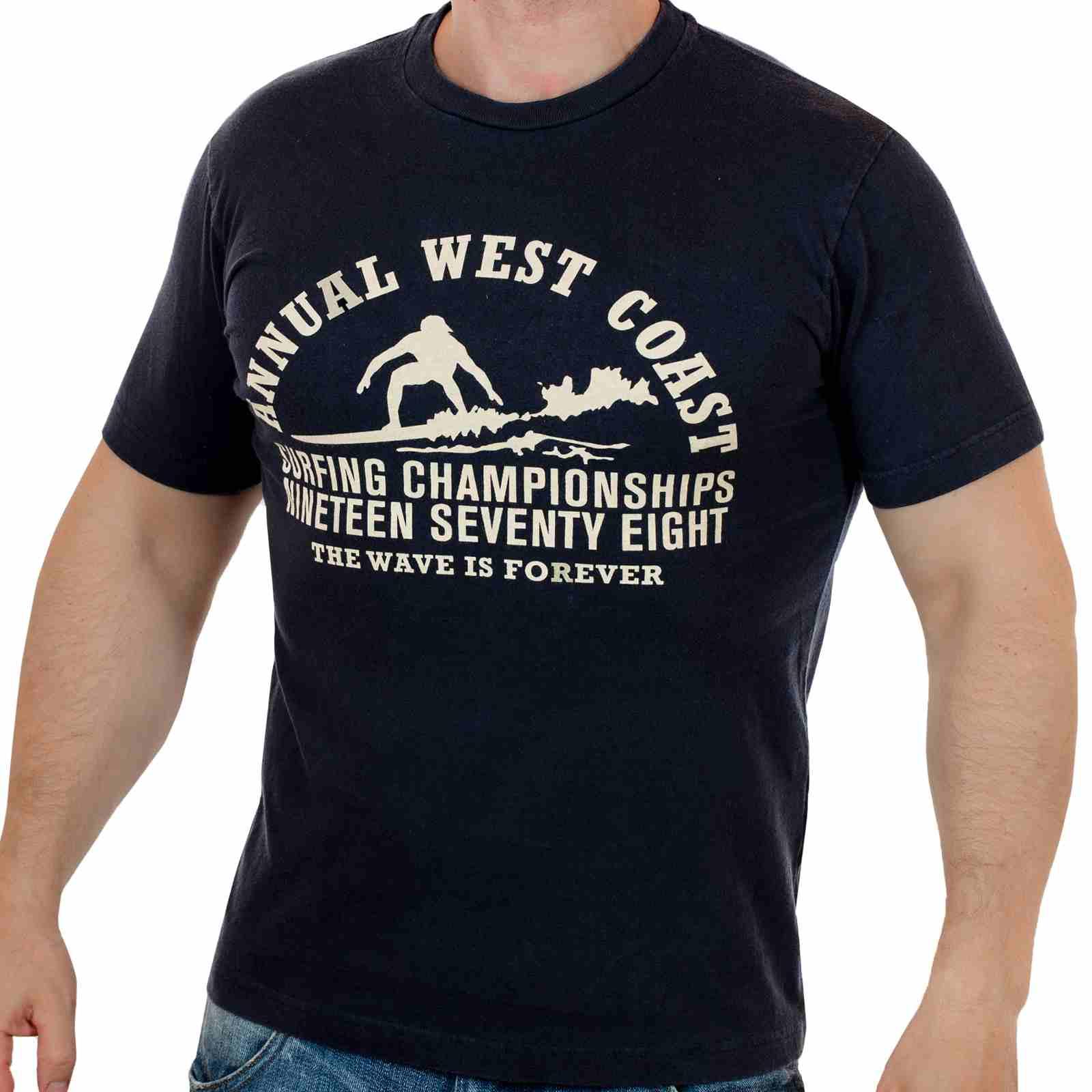 Классная футболка для сёрферов The wave is forever с принтом-главная