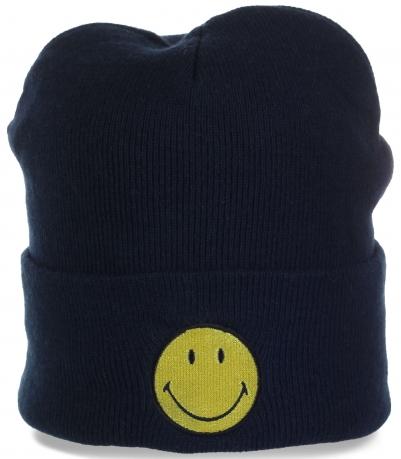 Классная мужская шапочка от DP International (Europe) Ltd