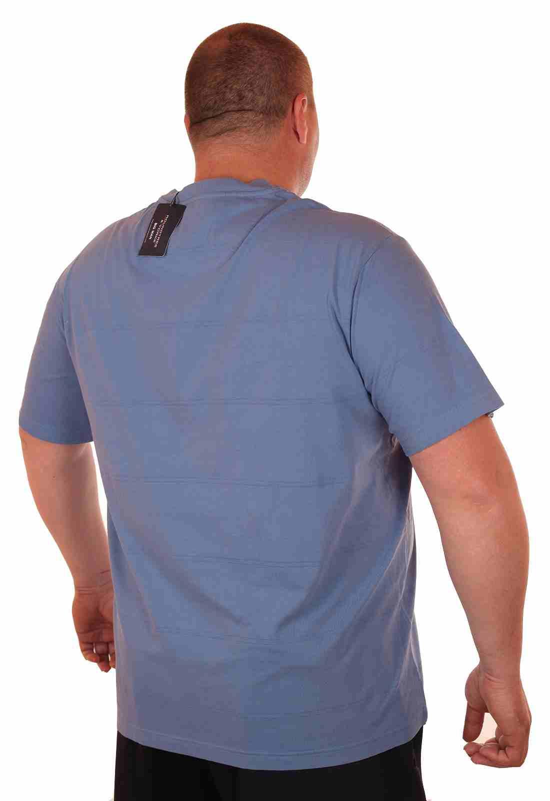 Повседневная футболка больших размеров (батал) от Roundtree & Yorke (США)-сзади