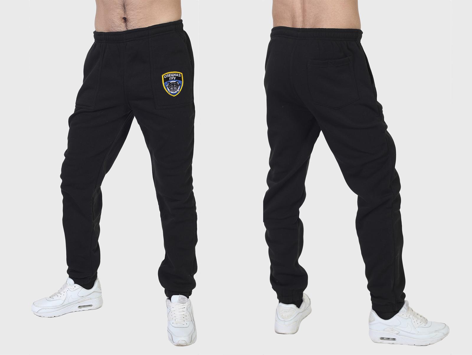 Спортивные штаны с нашивками по выгодной цене!