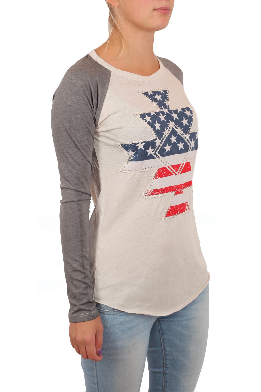 Классный женский реглан Rock and Roll Cowgirl. Стилизованный принт флага США, за которым гоняются все модницы Москвы. Не тяни, заказывай!