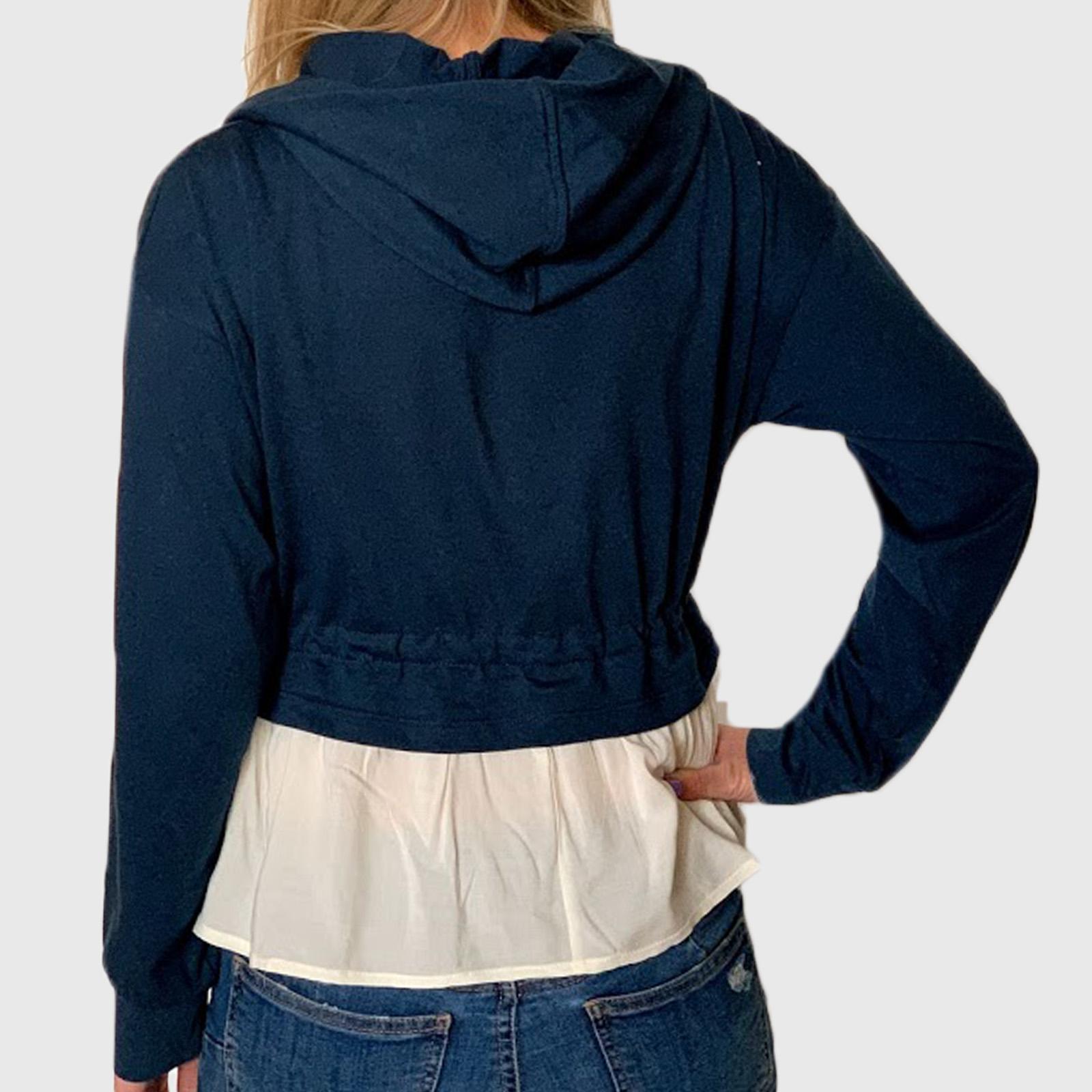 Купить в интернет магазине молодежную женскую кофту необычного фасона