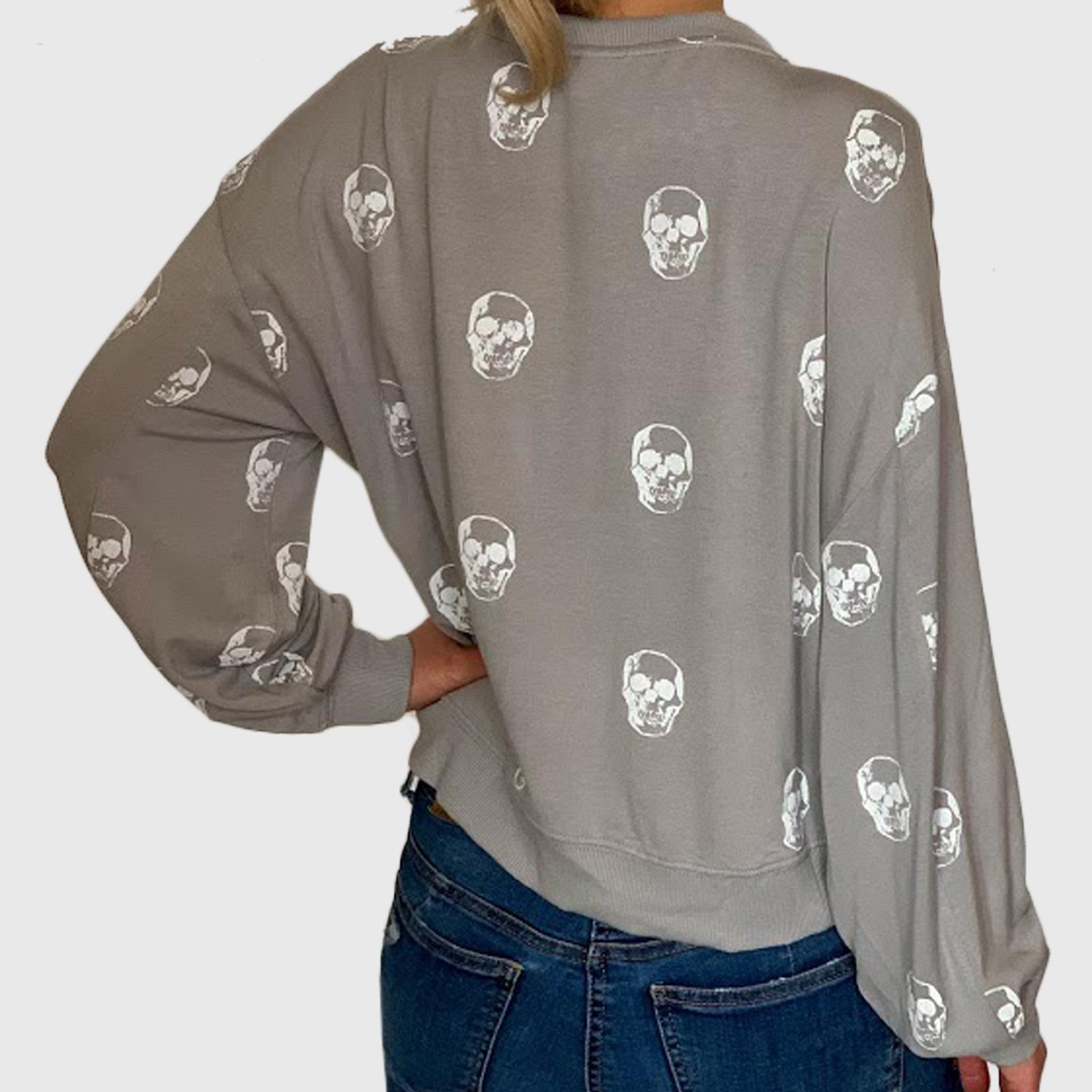Женская молодежная кофта свитшот с принтами черепами