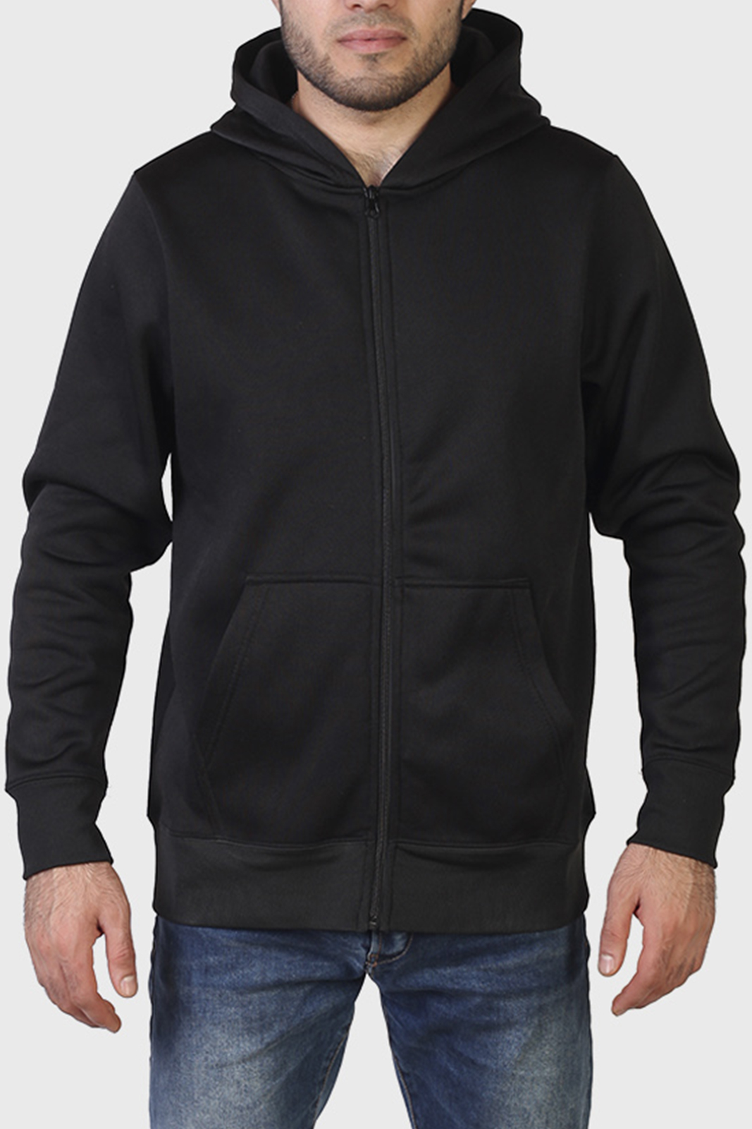 Большой выбор стильной мужской одежды: толстовки, куртки, футболки