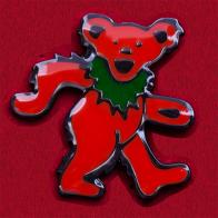 Коллекционный значок Grateful Dead с красным танцующим медведем
